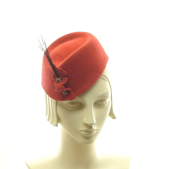 Red Felt Hat for Women - Retro Style Cocktail Hat - 1940s Fashion Hat