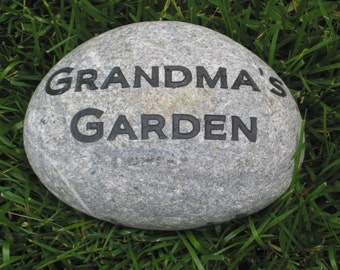 Personalized Engraved Garden Stone For Mom and Grandmom Mother's Day Gifts Garden Stone 8-9 Inch
