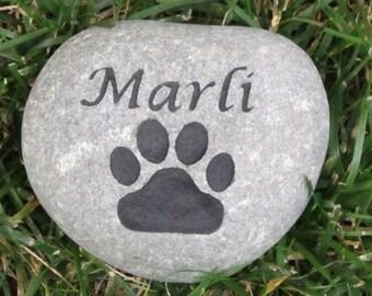 Custom Pet Stone Gravestone Memorial for Dog or Cat 5-6 Inch Memorial Headstone Burial Stone Grave Marker