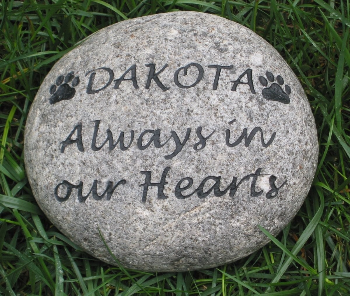 Personalized Dog Cat Pet Memorial Stone Grave Marker Headstone