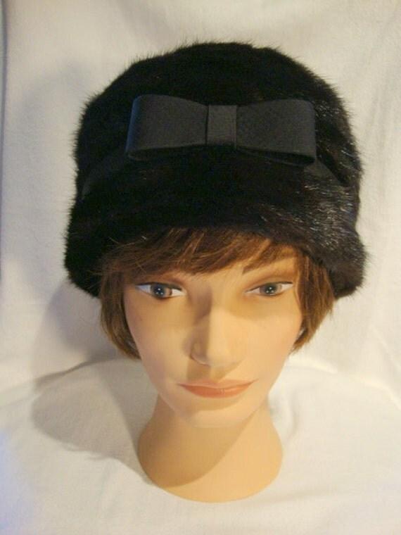 Spectacular Vintage Black Mink Hat