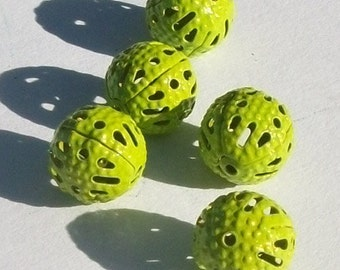Clearance -- 25 Ornate Filigree Round Beads 8mm -- LIME GREEN