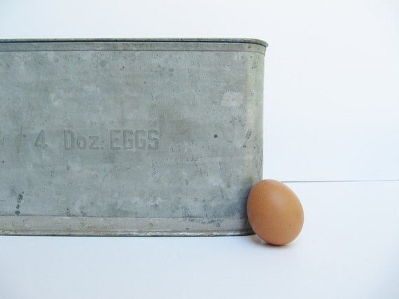 Rustic Metal Egg Container Crate with Cardboard Inserts