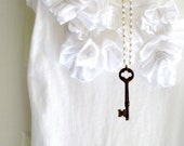 Necklace. Vintage Jewelry, Skeleton Key, Rust, White Beaded Chain. Rust in Vintage.