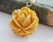 Vintage Flower Necklace Mustard Rose Necklace Rhinestone Crystals Gold Yellow Autumn Fall - Saffron Bloom