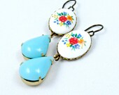 Cameo Earrings Vintage Floral Cameos Glass Turquoise Aqua Jewels Romantic - Printemps