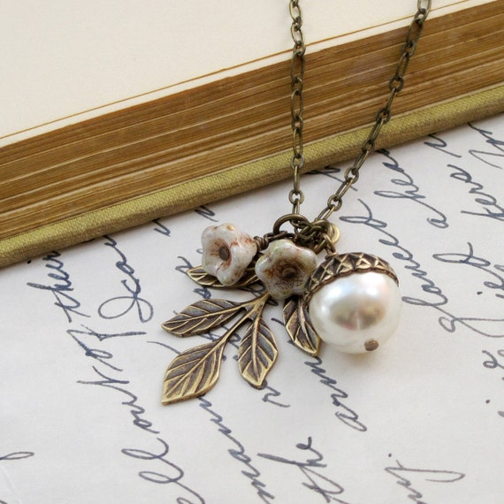 Pearl Acorn Necklace, Acorn Pendant, Leaf Necklace, Gold Acorn Necklace, Autumn Wedding Acorn Jewelry