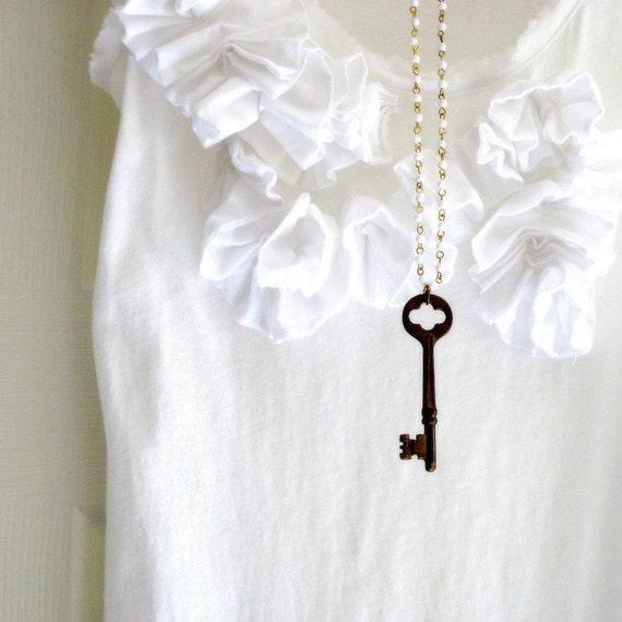 Antique Skeleton Key Necklace, Vintage Key Necklace, White Beaded Chain, Key Pendant, Steampunk