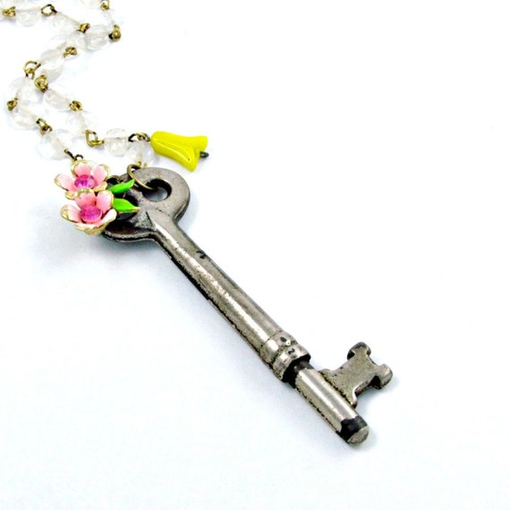 Vintage Skeleton Key Necklace Flower Necklace Spring Colors Pink Yellow Baroque Chain - Secret Garden
