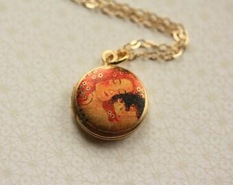 Mother and Child Locket Necklace, Gustav Klimt Jewelry, Klimt Locket, Miniature Klimt Necklace, Small Mother's Necklace, Klimt Art