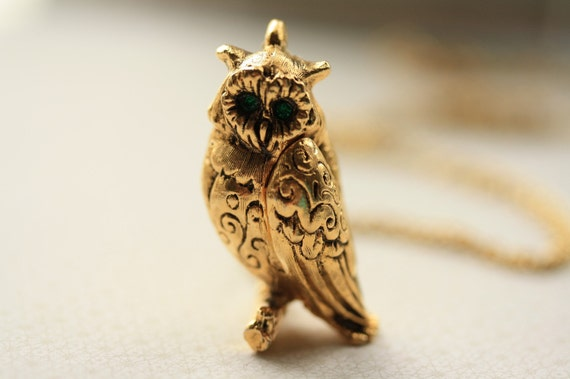 Long Owl Locket Necklace, Floral Owl Jewelry, Large Bird Locket, Long Owl Necklace, Owl Pendant, Emerald Green Eyes Antique Max Factor