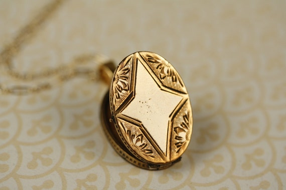 Antique Star Locket Necklace, Victorian Gold Filled Oval Pendant, Monogram Space, Vintage Flowers, Unique Jewelry, Jewellery