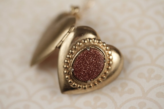 Red Goldstone Heart Locket Necklace, Bronze Sparkle Pendant, Gold Filled Chain, Simple and Unique, Vintage Jewelry, Valentine's Jewellery