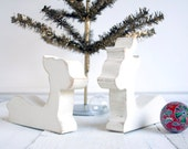 Vintage Inspired Reindeer Christmas Table Top Decoration White