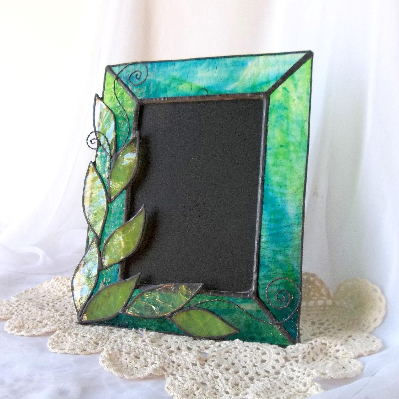 stained glass picture frame green leaf photo frame. Black Bedroom Furniture Sets. Home Design Ideas