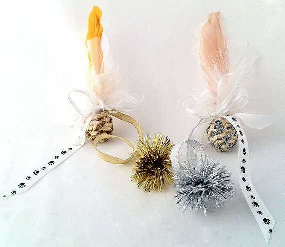 Tinsel Cat Toy Kitten Kitty Cat Ball Catnip Gift with feathers paw prints 2-pk