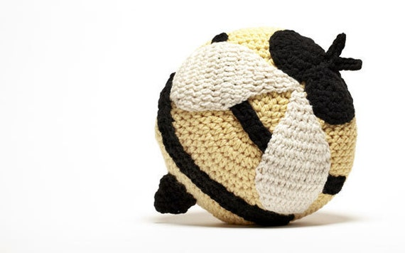 Crochet Bee Pillow