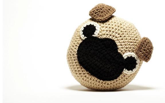 Free Crochet Pug Rug Pattern : Crochet Pug Pillow