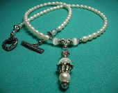Pearl and Cat's Eye Pendant Necklace