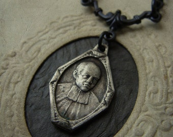 Antique Catholic Medal Necklace - His Holiness