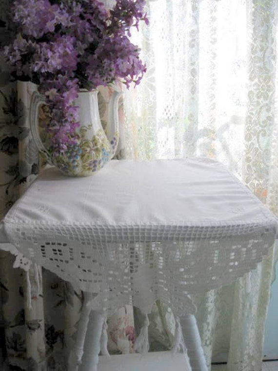Sale tablecloth shabby chic french country cottage decor - Shabby chic decor for sale ...