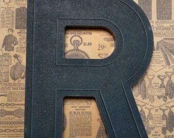 Vintage Alphabet Black Plastic Letter Signage Primitive Sign Marker Tag Sign R