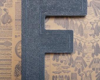 Vintage Alphabet Black Plastic Letter Signage Primitive Sign Marker Tag Sign F
