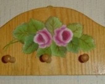 little roses peg rack