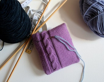 Knit your own lavender-filled pin cushion (pdf pattern)