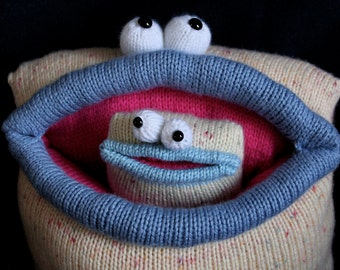 Knit your own Mummy and Baby Monsters (pdf knitting pattern)
