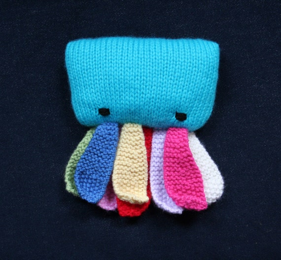 Knit your own baby octopus toddlerus (pdf pattern)