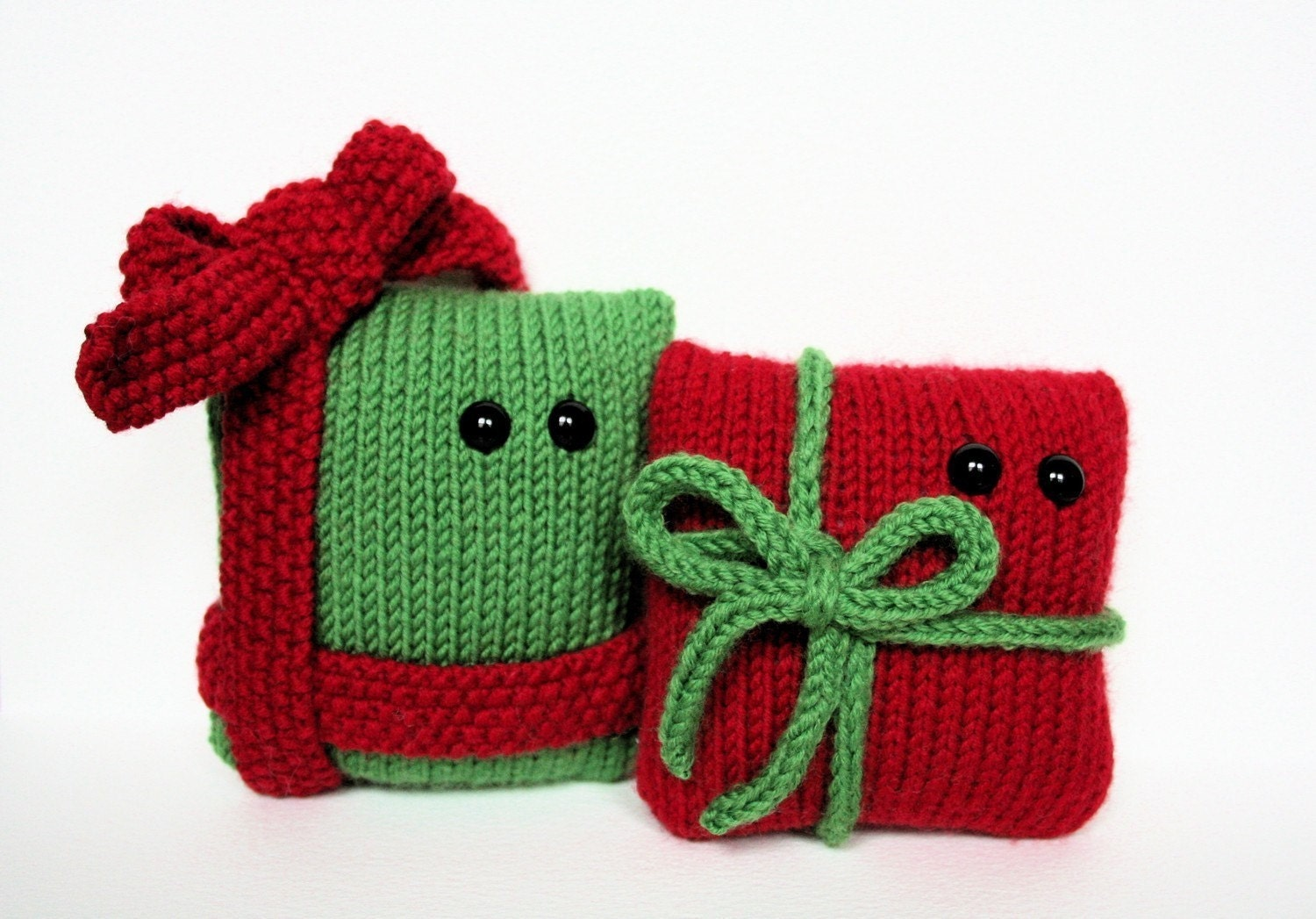 Free Knitting Patterns For Christmas Gifts : Knit your own amigurumi Christmas presents pdf knitting