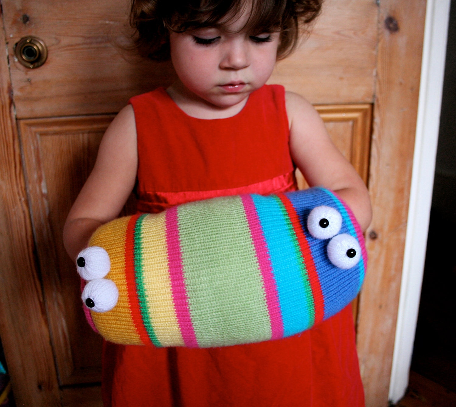 Knit your own Two-Headed Monster Muff pdf knitting pattern