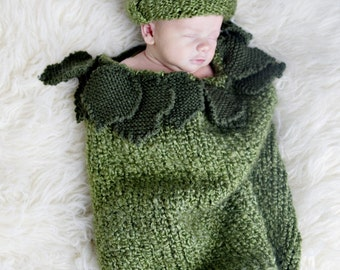 Warm Pea Pod Zippered Cuddlybum with Matching Hat