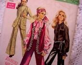 Simplicity 8520  Pattern 1969 Size 8 Vest, Blouse and Pants