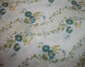 Vintage retro floral cotton fabric 1.5 yards