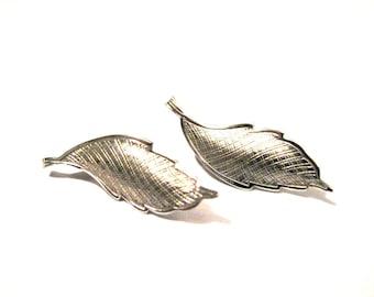 Vintage Silver Textured Leaf Pierced Earrings