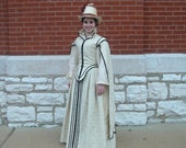 White Elizabethan gown