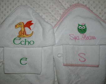 Plush Hooded Towel and Bath mitt set Personalized.  White, Blue, or Pink Set  Boy or Girl