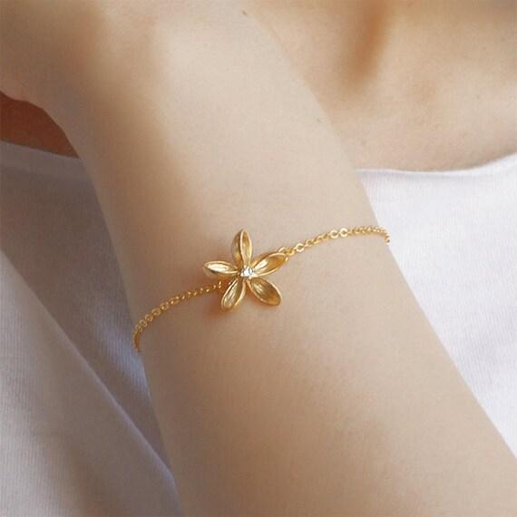 Frangipani bracelet, Plumeria bracelet, Beach wedding, Plumeria jewelry, Frangipani jewelry, Gold filled bracelet, dainty bracelet