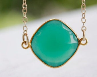 Green Onyx Necklace - 14KT Gold Fill - Emerald Green