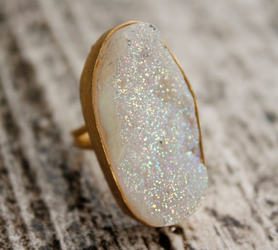 Dreamy White Agate Druzy Ring - Oval - Rough Titanium White Druzy