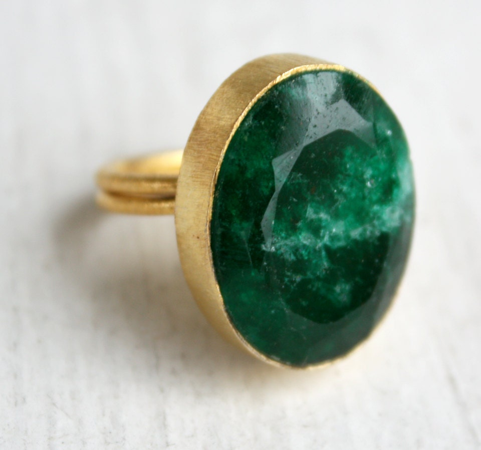green emerald ring green gemstone ring oval cut by ohkuol