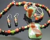 Autum Leaf - Dichroic glass and beaded jewelry set