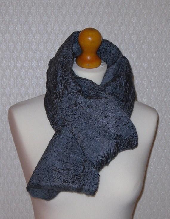 Felted silk scarf grey
