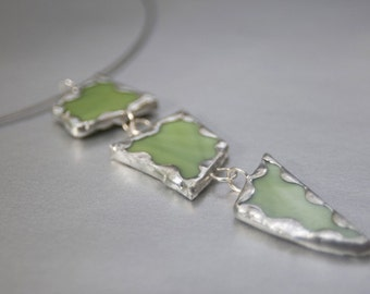 Choker with soldered green glass pendant. Jewelry by stefaniekraus on Etsy
