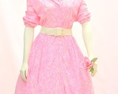 1950's AUTHENTIC VINTAGE  Casualmaker Pink and White Swirl Dress with a Full Shirt and Collar. For Rockabilly, Vixen, and Bombshell Women in XXL