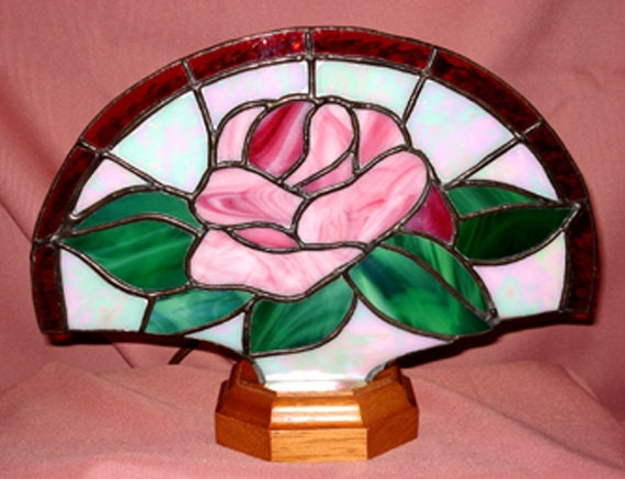 Red Rose Stained Glass Fan Lamp