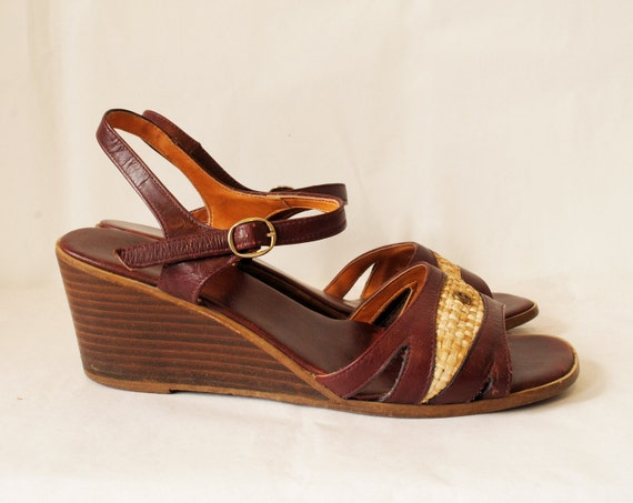 Vintage Eteinne Aigner Wooden Wedges 9 Burgundy Leather