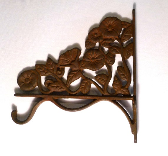 hooks, pair, botanical, terracotta, plant hangers, Victorian, wrought iron, garden, floral, flowers, corbels, doorway corners, retro